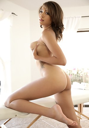 Sexy Ebony Teen Porn Pictures