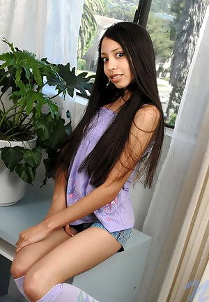 Sexy Latina Teen Porn Pictures